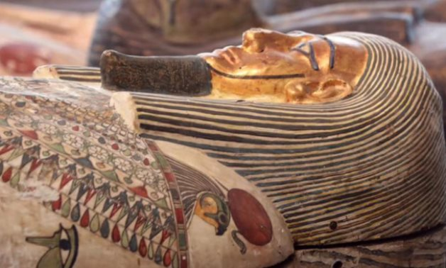 Sarcofaghi d'Egitto: One of the delicately colored coffins unearthed recently in Saqqara Necropolis - photo via Egypt's Min. of Tourism & Antiquities