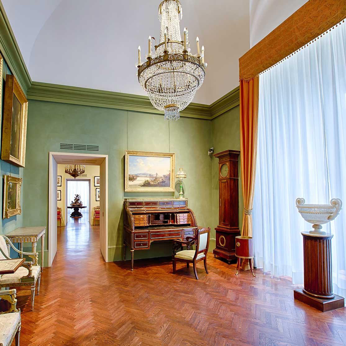 """Capodimonte - sale dell'800 - Sala da scrivere - """"Courtesy Museo e Real Bosco di Capodimonte"""""""