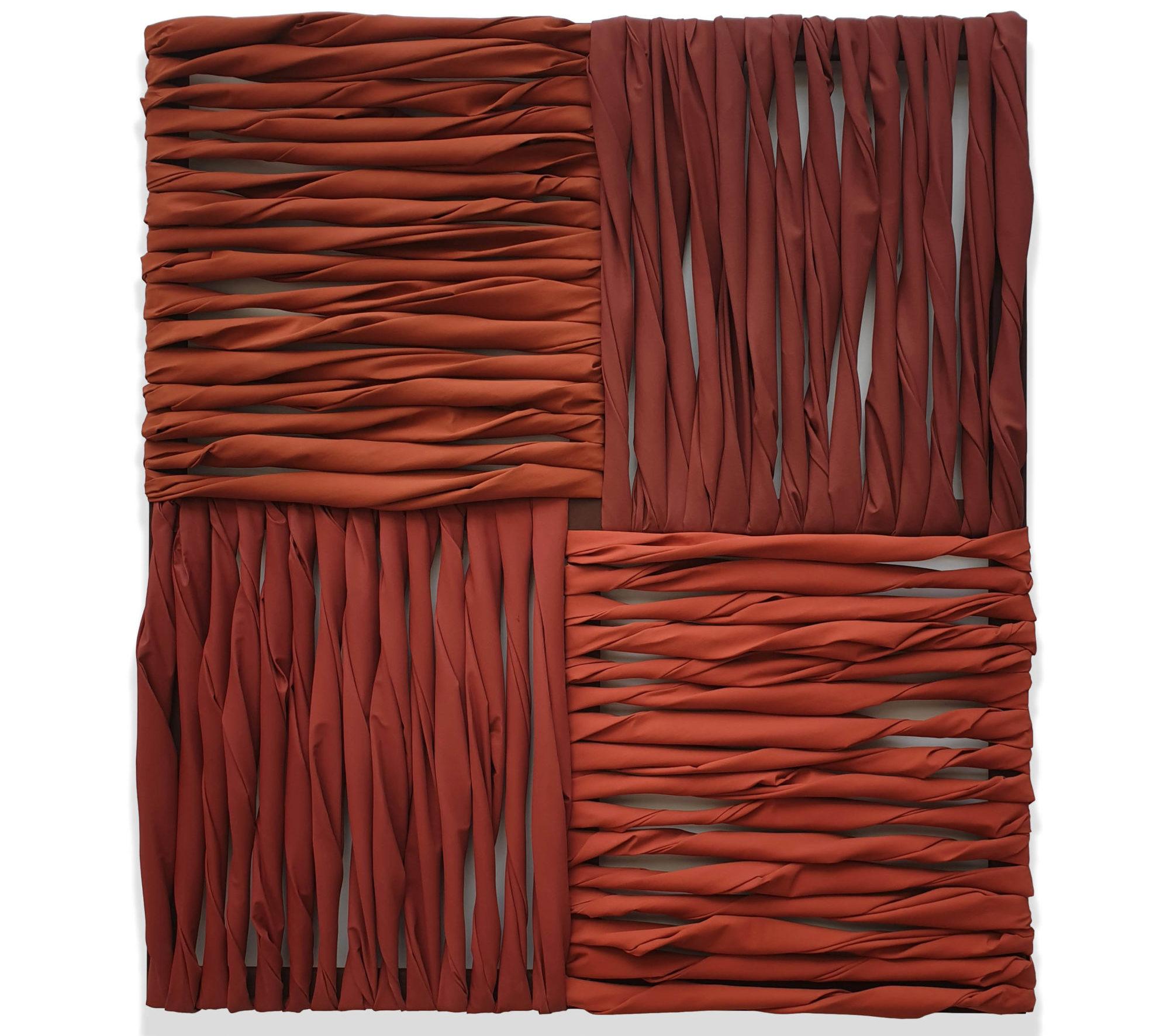 Wall of Canvas (Archeologia del Rosso), pigmento acrilico su tela e telai, 185 x 165 x 13 cm, 2020 – Courtesy Bislacchi Studio